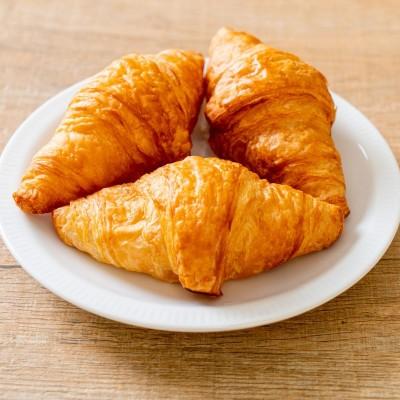 Sugestie de prezentare pentru Croissant mini cu unt, 2 kg vrac